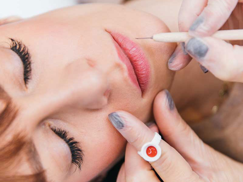 Behandlungen: Permanent Make-Up