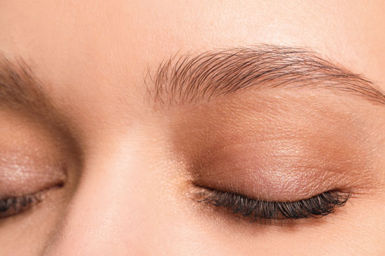 Ausgefüllte Augenbrauen - Nina Frenzel Permanent Make-Up